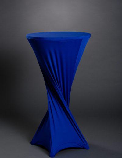 Mange-debout bleu torsadé